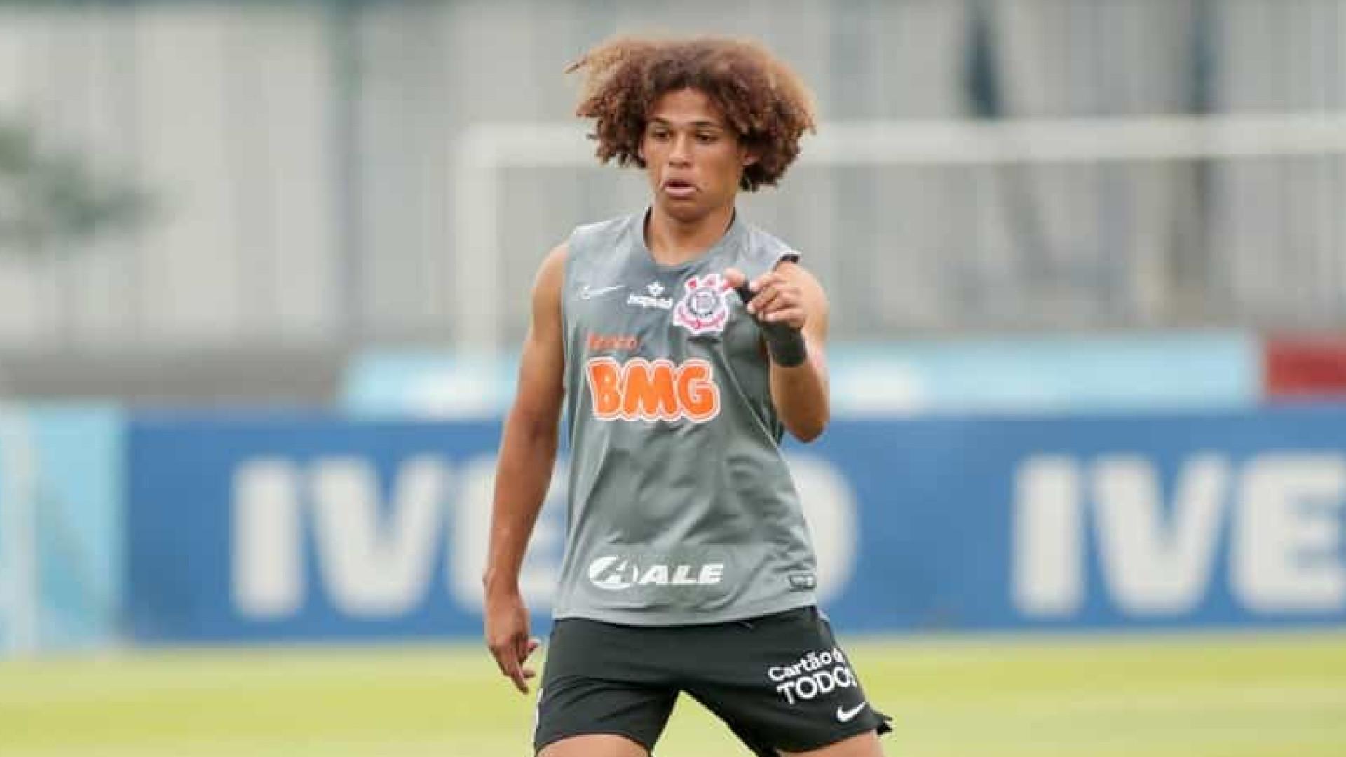 CBF atende pedido do Corinthians e desconvoca o lateral Guilherme Biro