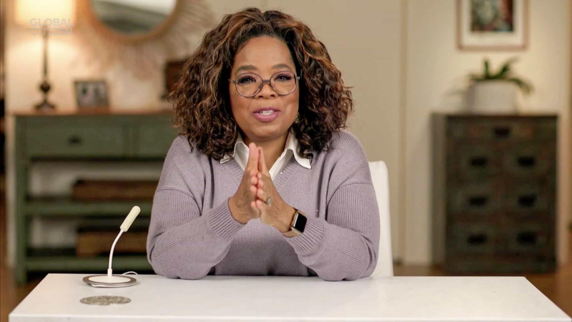 Oprah descarta envolvimento de rainha Elizabeth e príncipe Philip em acusações de racismo