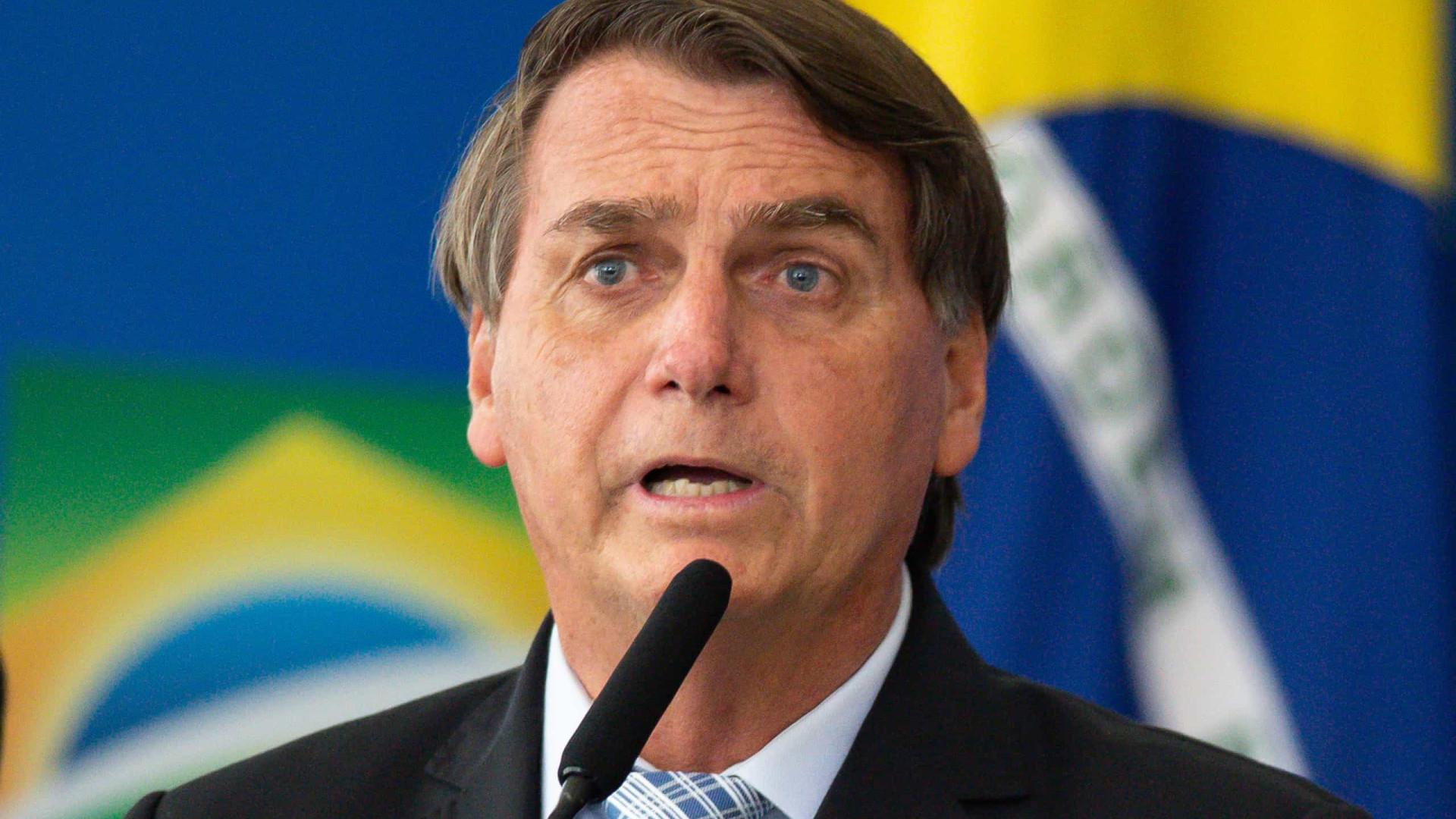 Após STF manter Lula elegível, Bolsonaro admite candidatura