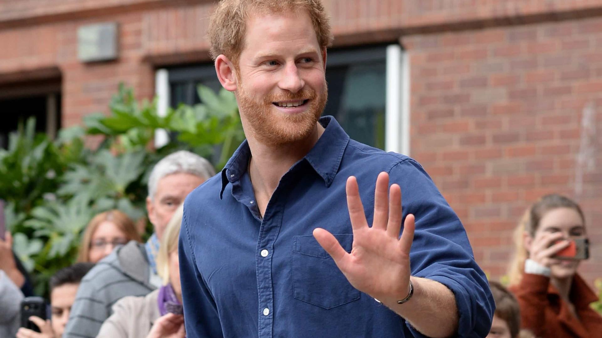 Príncipe Harry consegue emprego nos EUA e será executivo de uma empresa