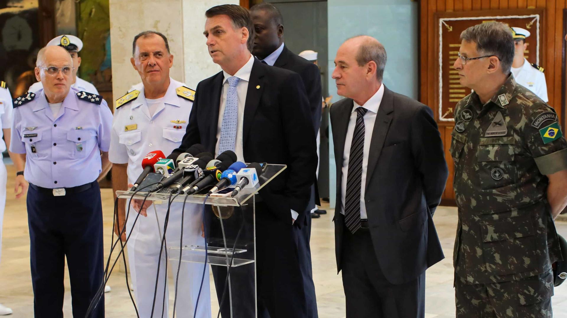 Comandantes das Forças Armadas se demitem em protesto contra Bolsonaro