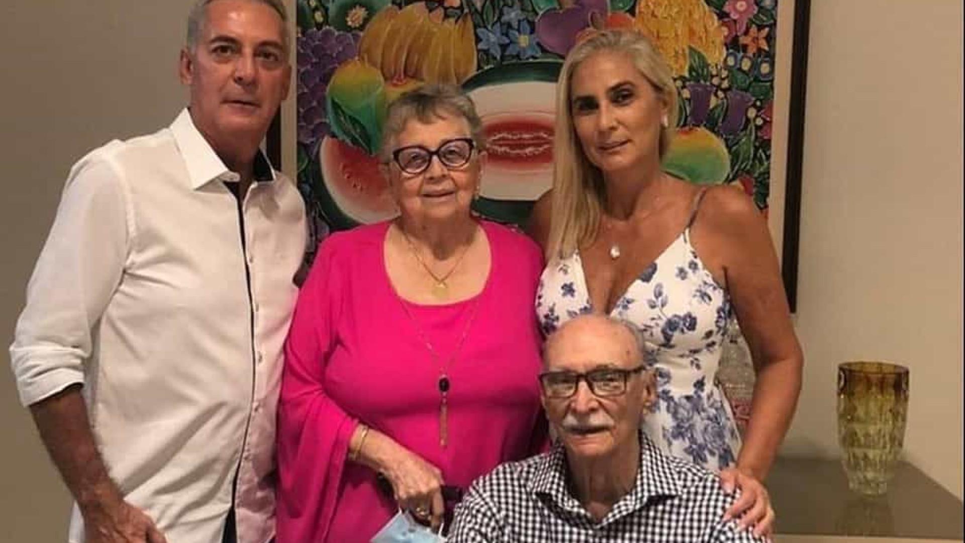 Pai, mãe e filhos morrem de Covid-19 em apenas 42 dias