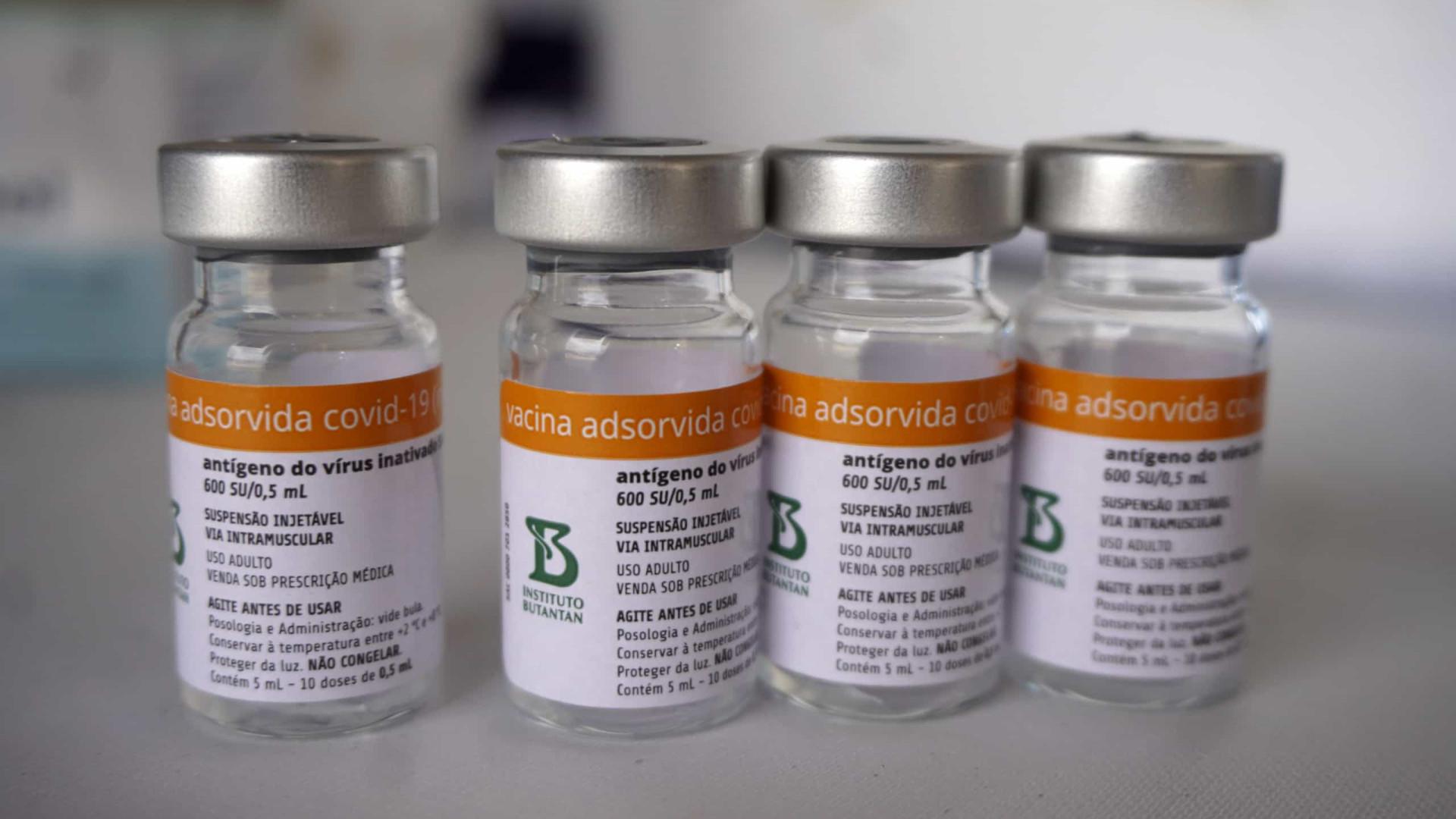 Falta de Coronavac para 2ª dose da vacina atinge mais de metade das capitais
