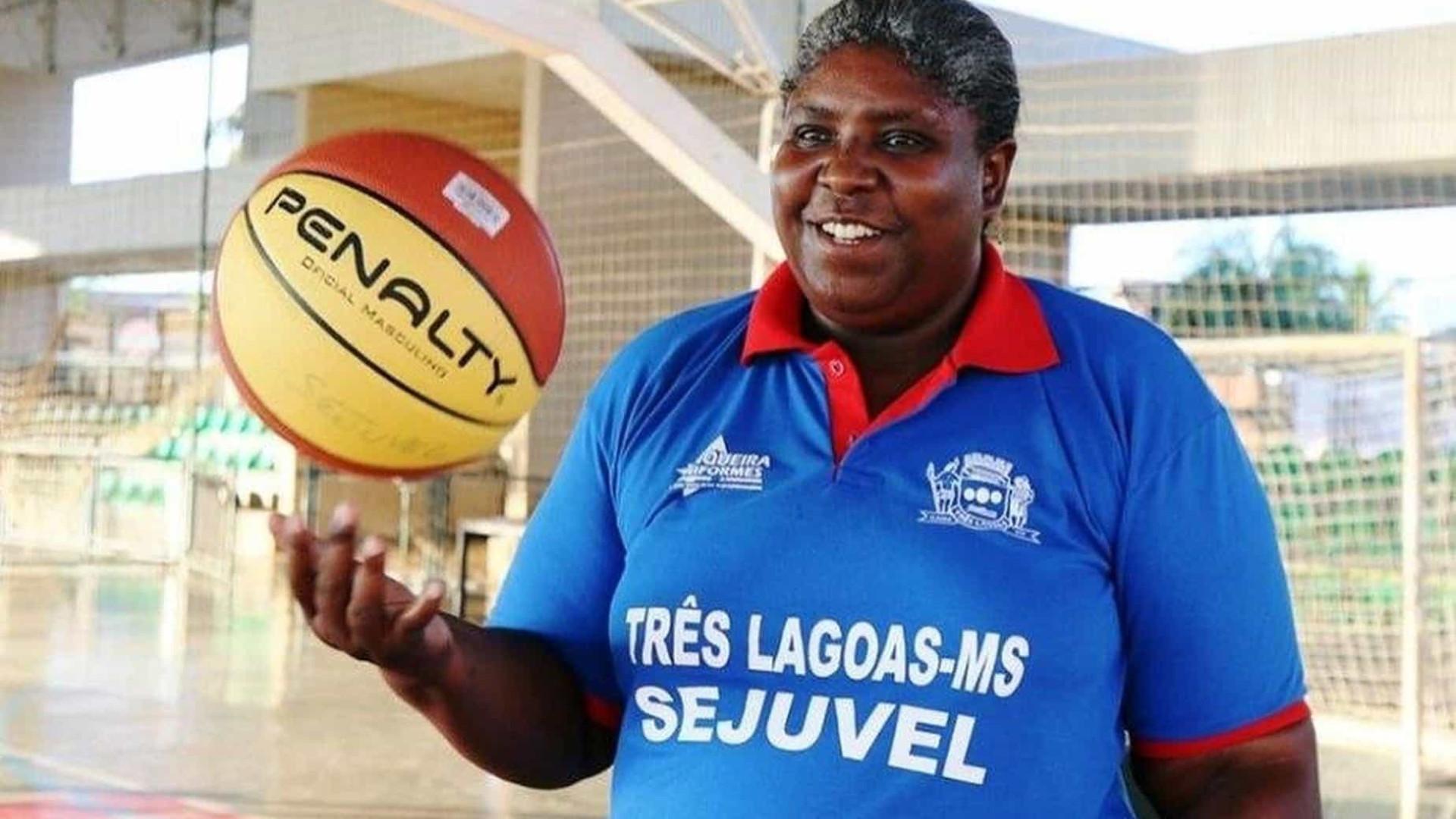 Ruth, campeã mundial de basquete com o Brasil, morre aos 52