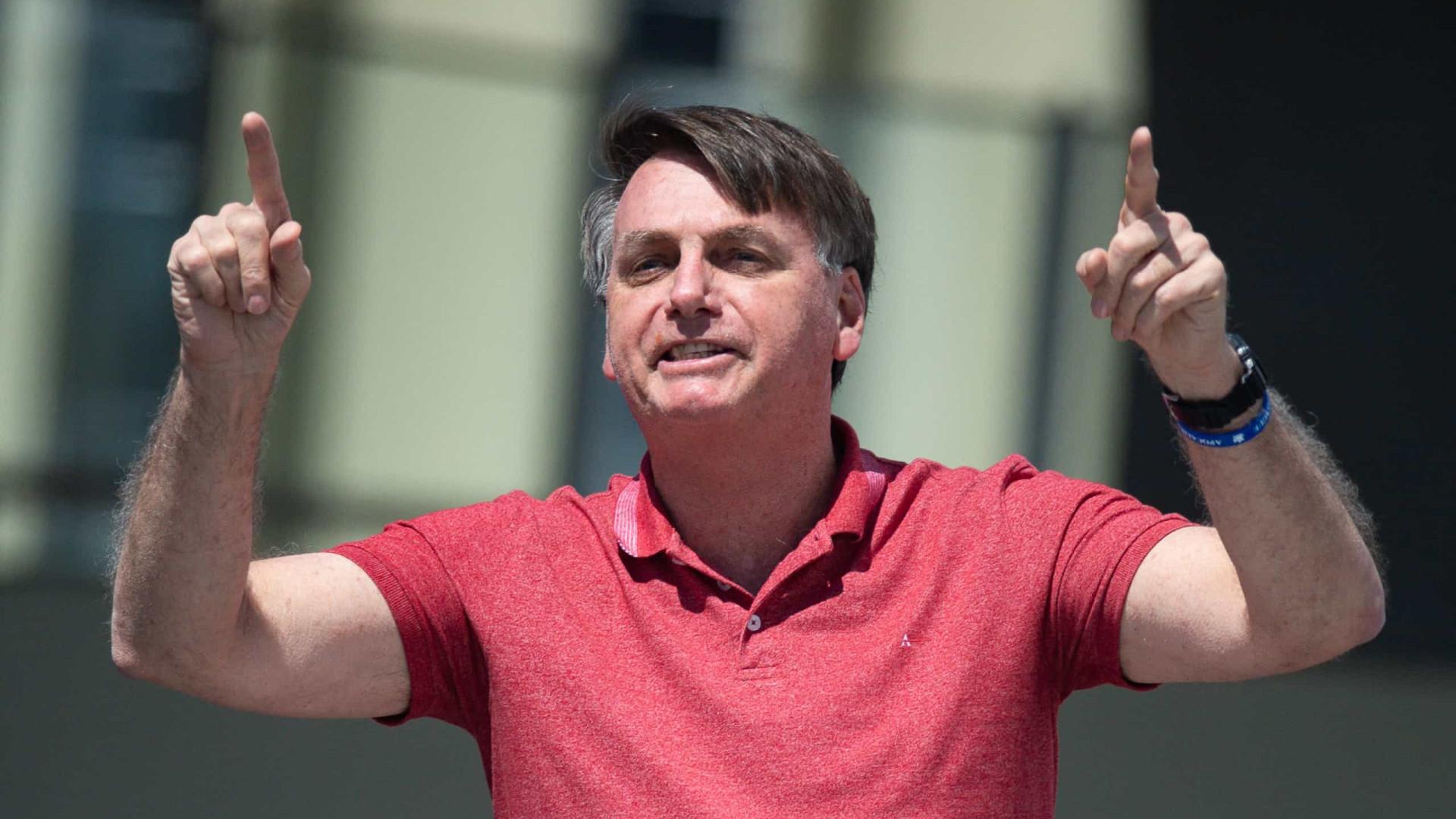 Bolsonaro ameaça baixar decreto contra isolamento e diz que não será contestado