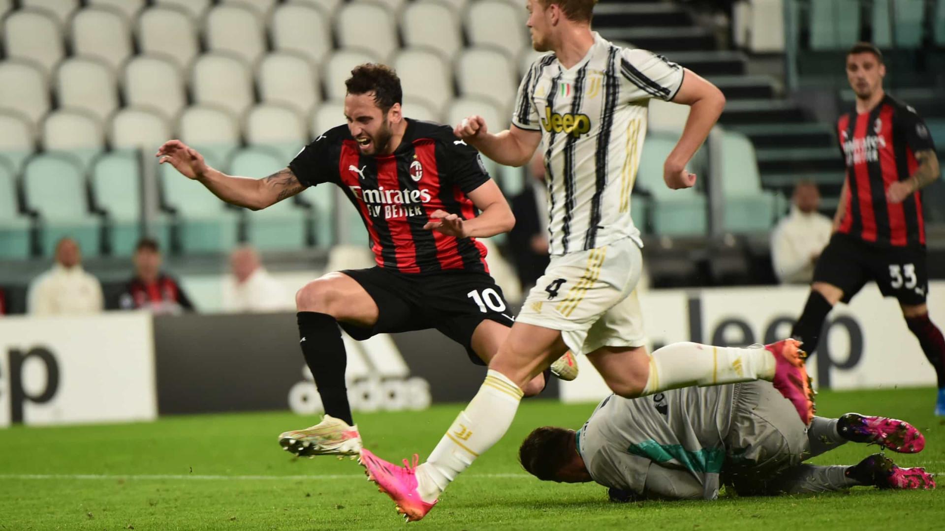 Em dia de quebra de jejum, Juventus perde para o Milan e sai do G4 do Italiano
