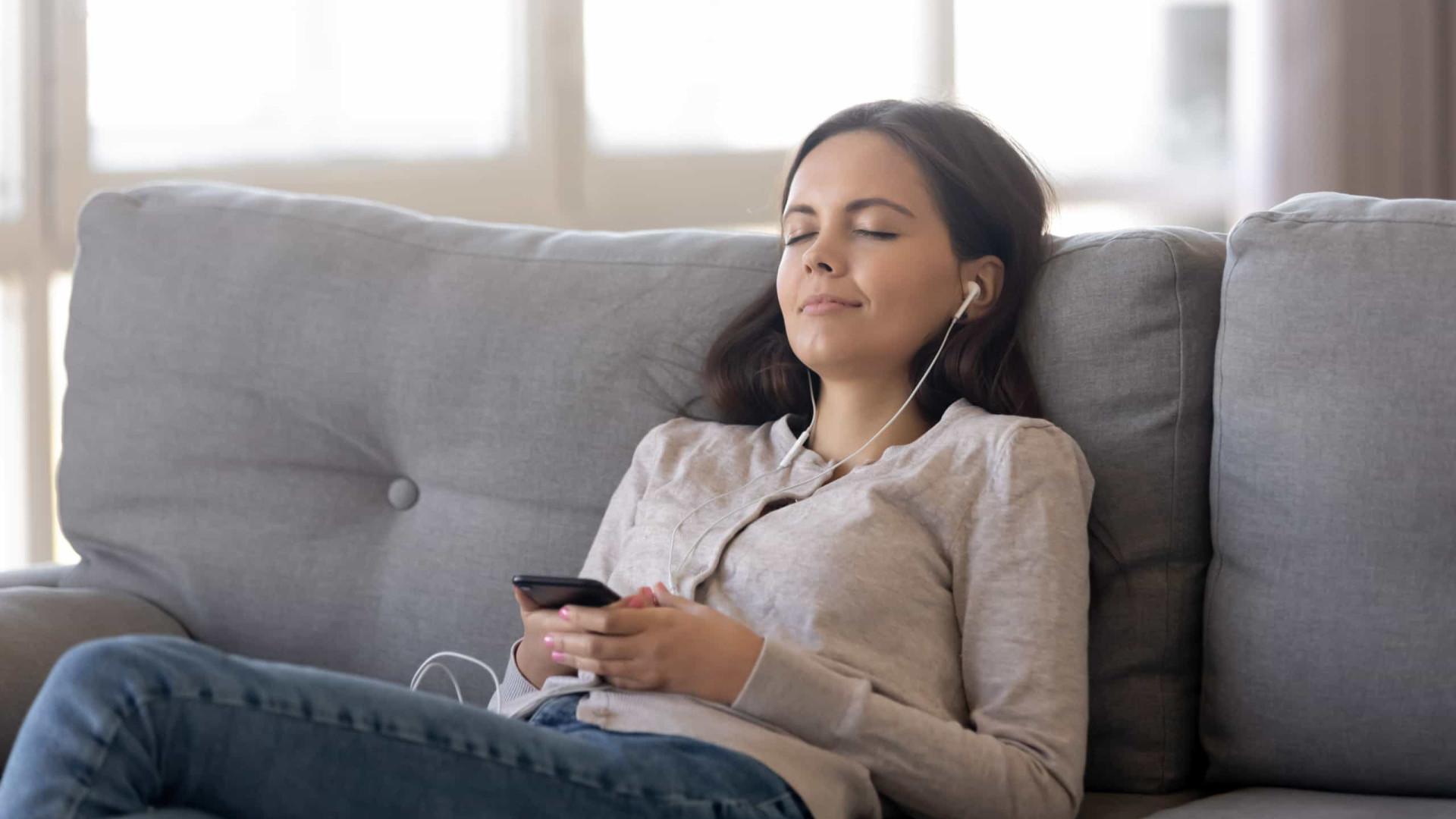 Saiba como sintonizar FM no celular