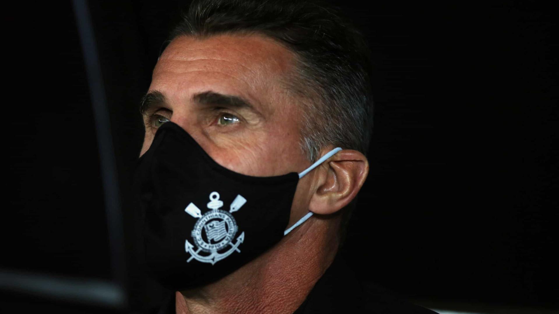 Após eliminação na semifinal do Paulista, Mancini é demitido no Corinthians