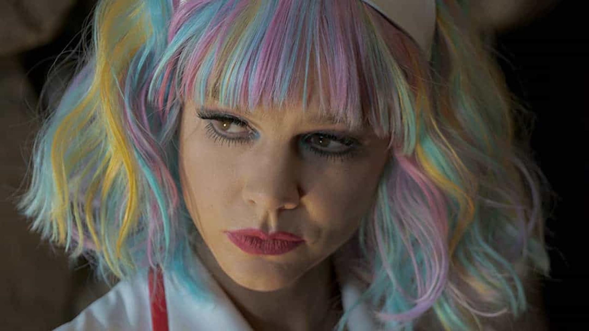 'Bela Vingança' apresenta anti-heroína perfeita para tempos de MeToo