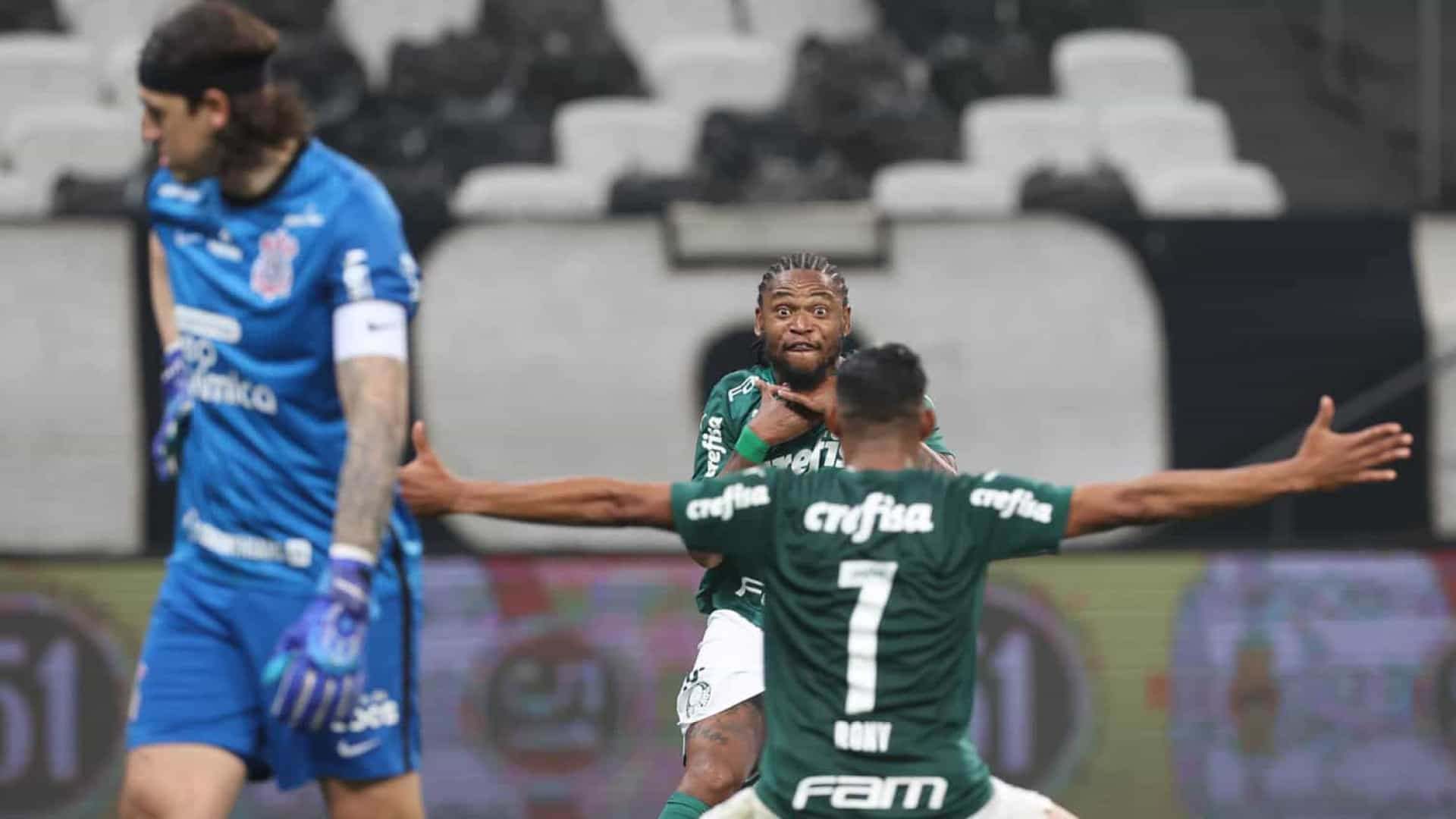 Palmeiras sobra no clássico, vence o Corinthians e vai à final do Paulistão