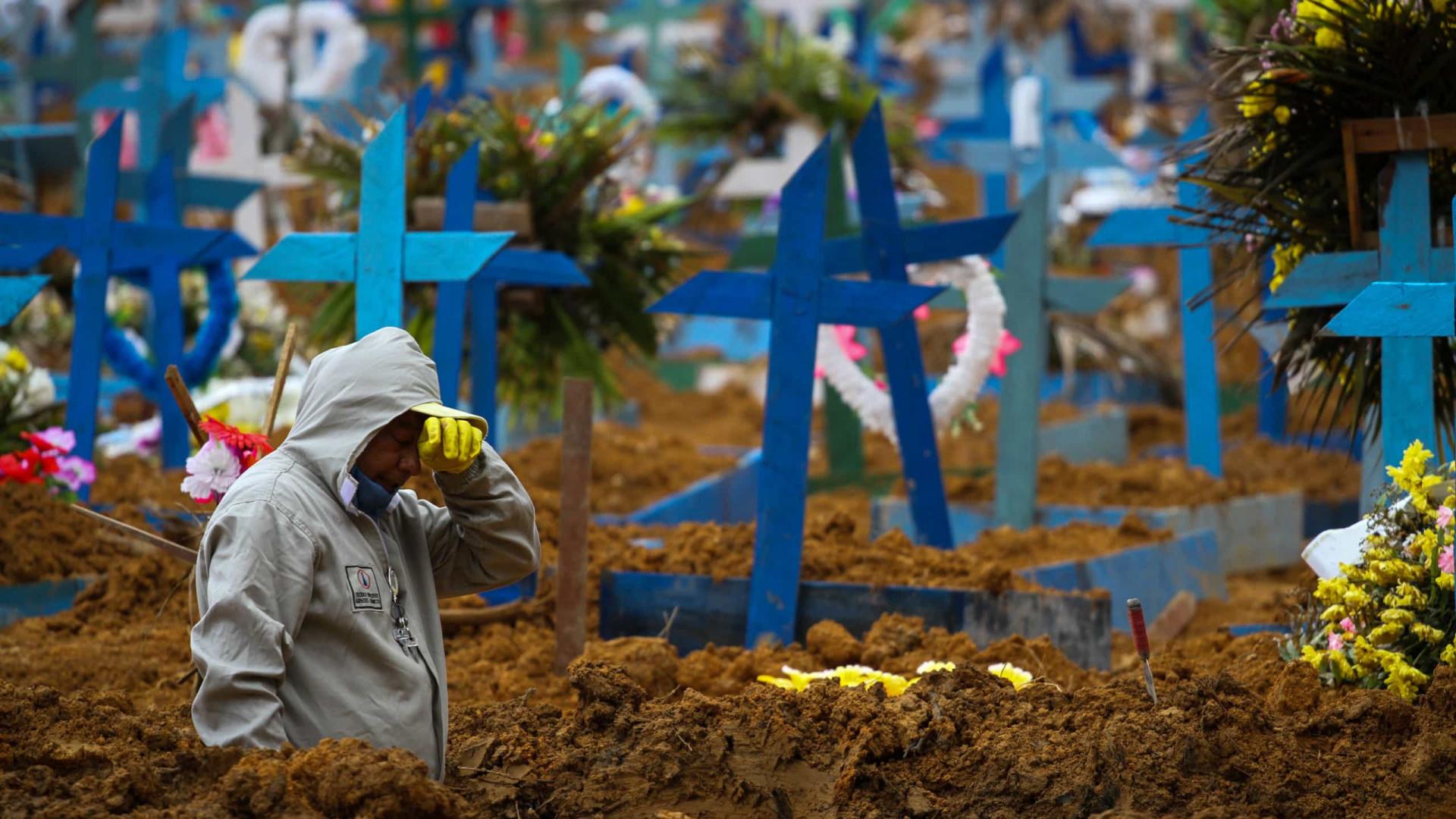 Com feriado, Brasil registra menor média móvel de mortes desde 11 de novembro