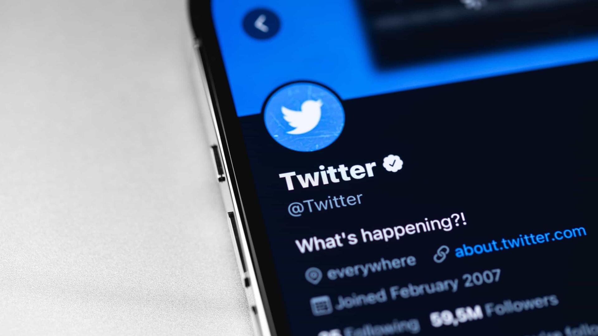 Twitter desabilita perfis suspeitos e bolsonaristas reclamam