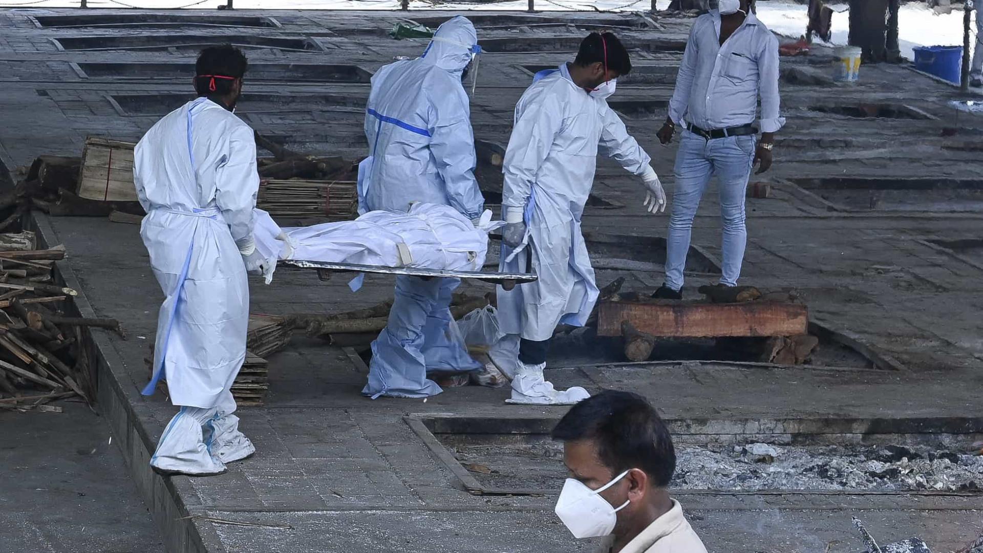 OMS: número de mortes por covid no mundo é até 3 vezes maior que dados oficiais