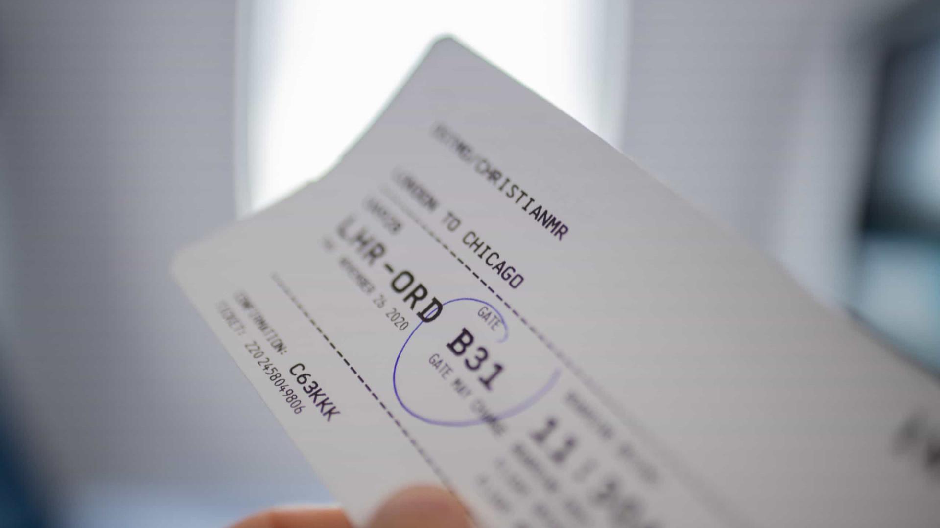 Sancionada lei que prorroga regra de reembolso e remarcação de passagem