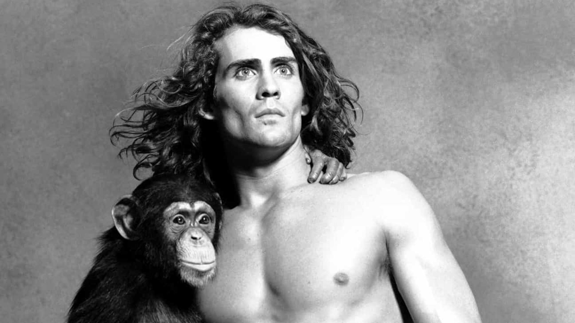 Ator que interpretou Tarzan na TV, morre em acidente de avião nos EUA