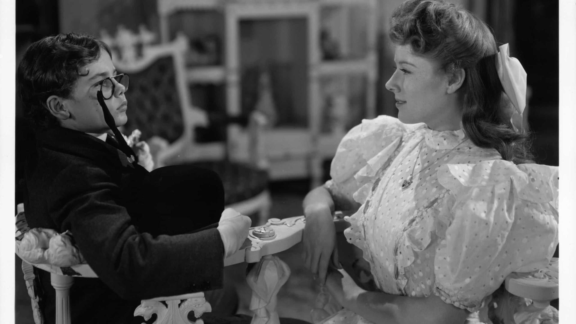 Morre a atriz Claudia Barrett, de 'Robot Monster', aos 91 anos