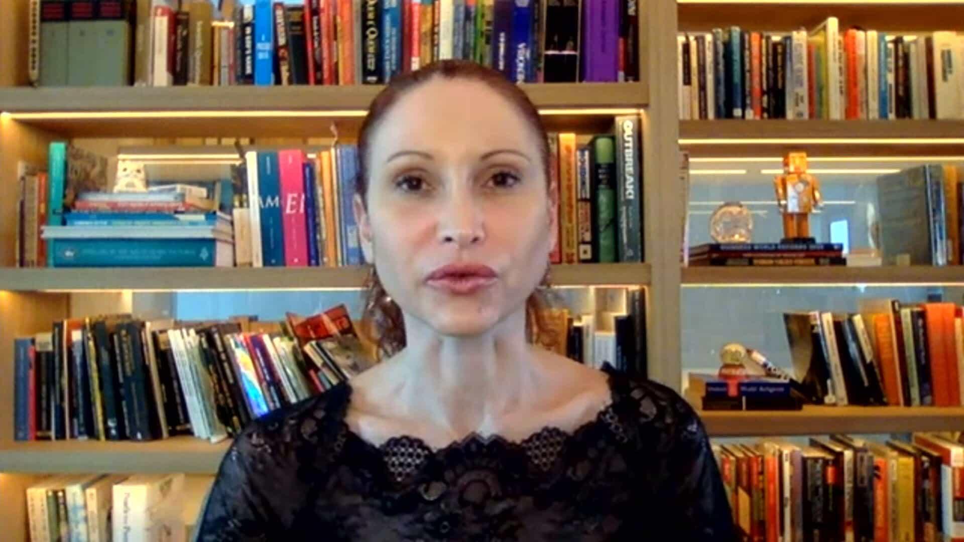 Mentira orquestrada pelo governo mata, afirma Natalia Pasternak à CPI