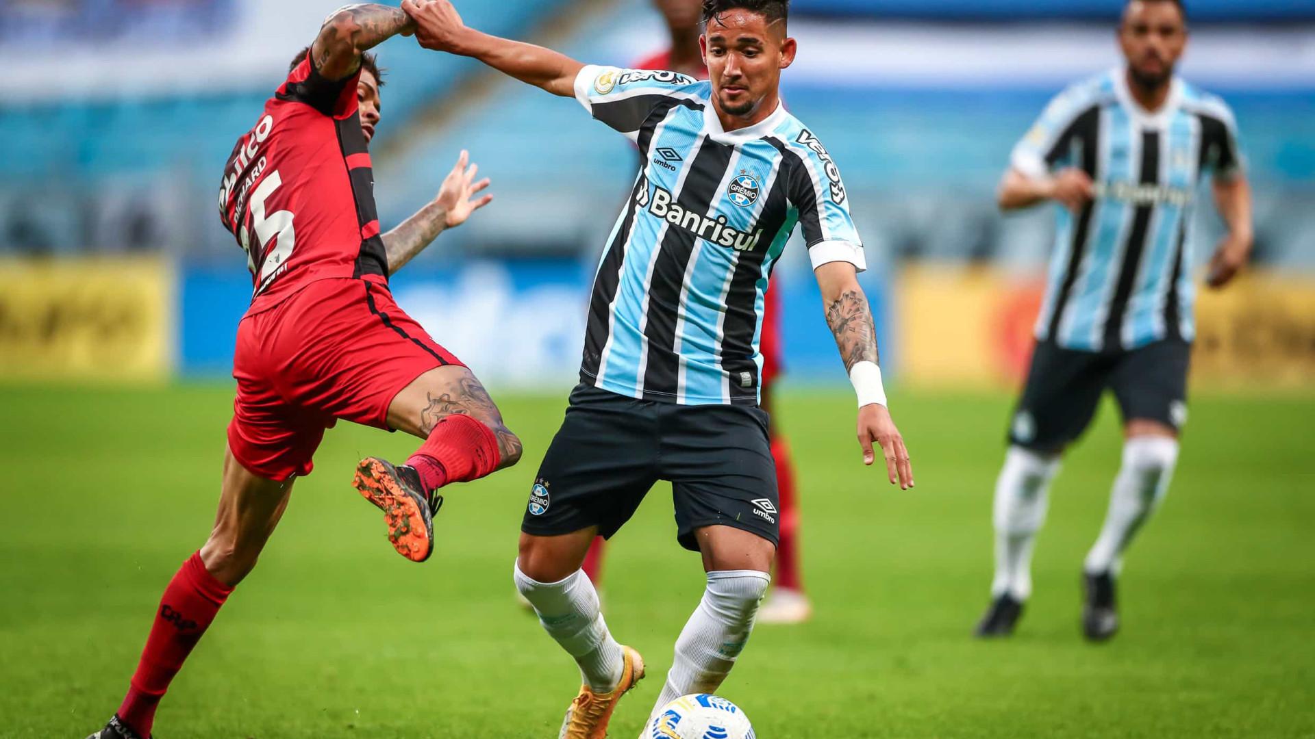 Athletico-PR segura Grêmio, vence fora e mantém 100% de aproveitamento