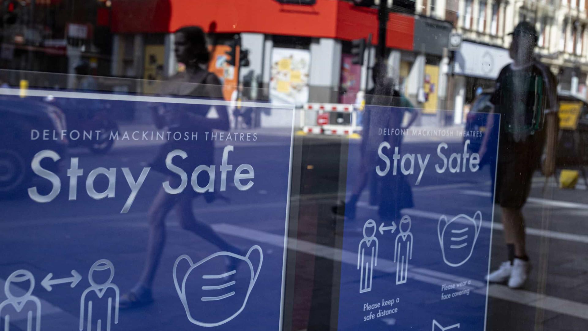 Reino Unido com mais de 33 mil novos casos da variante Delta numa semana