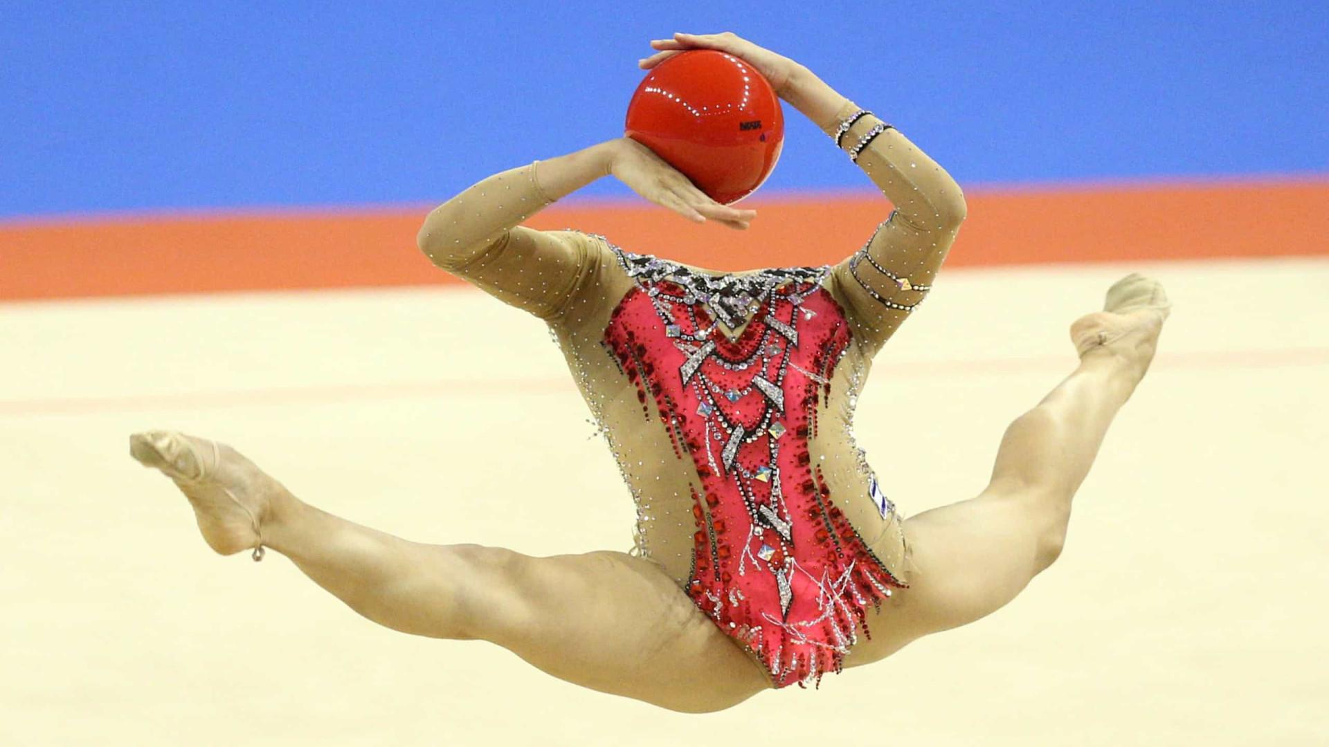 Impressionante! Imagem de ginasta 'decapitada' corre o mundo