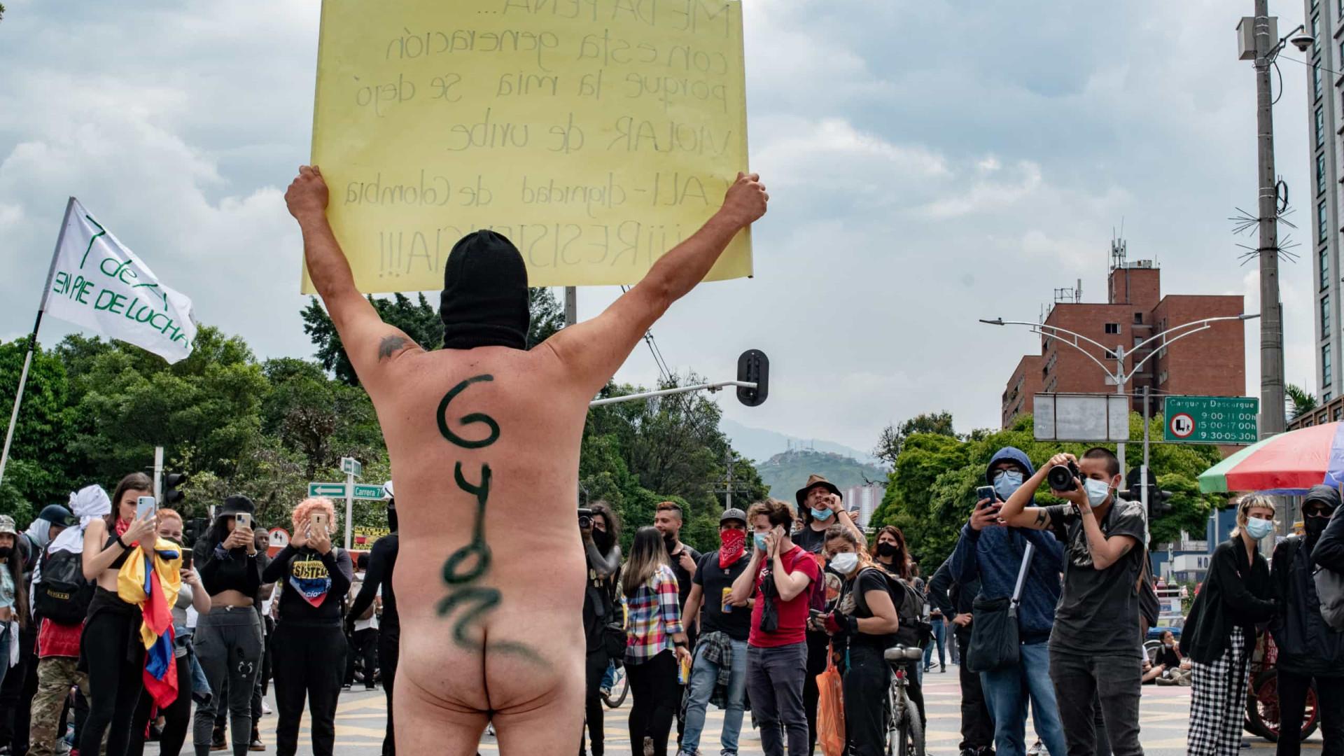 Comitê de greve anuncia suspensão de atos na Colômbia, mas população deve seguir nas ruas