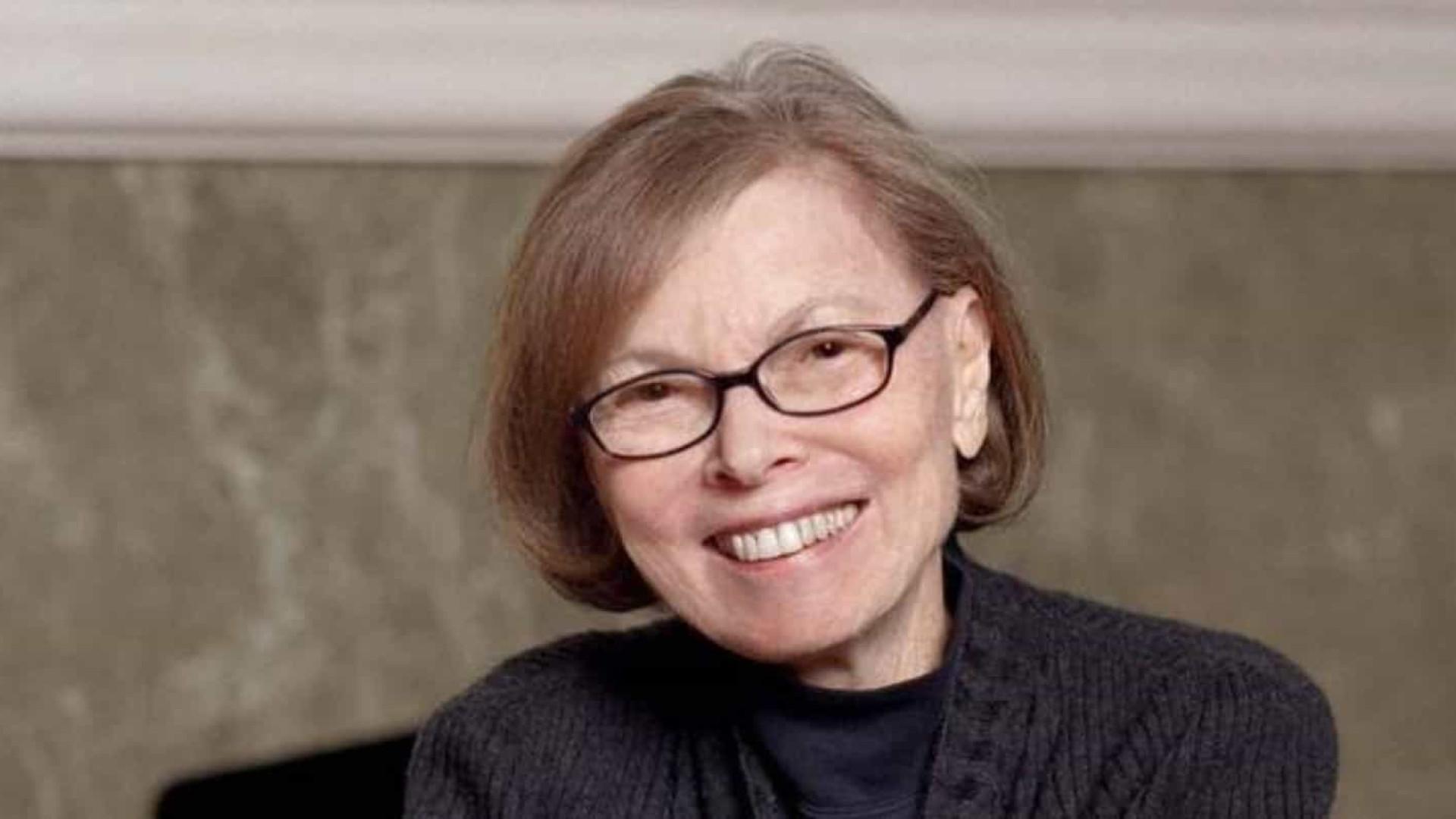 Morre Janet Malcolm, um dos maiores nomes do jornalismo, aos 86 anos