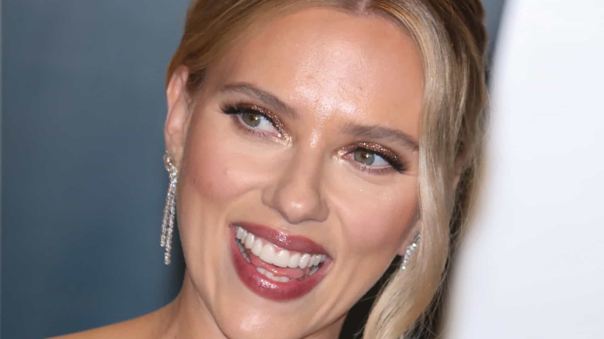 Scarlett Johansson diz ter se sentido 'pedaço de carne' em 'Homem de Ferro 2'