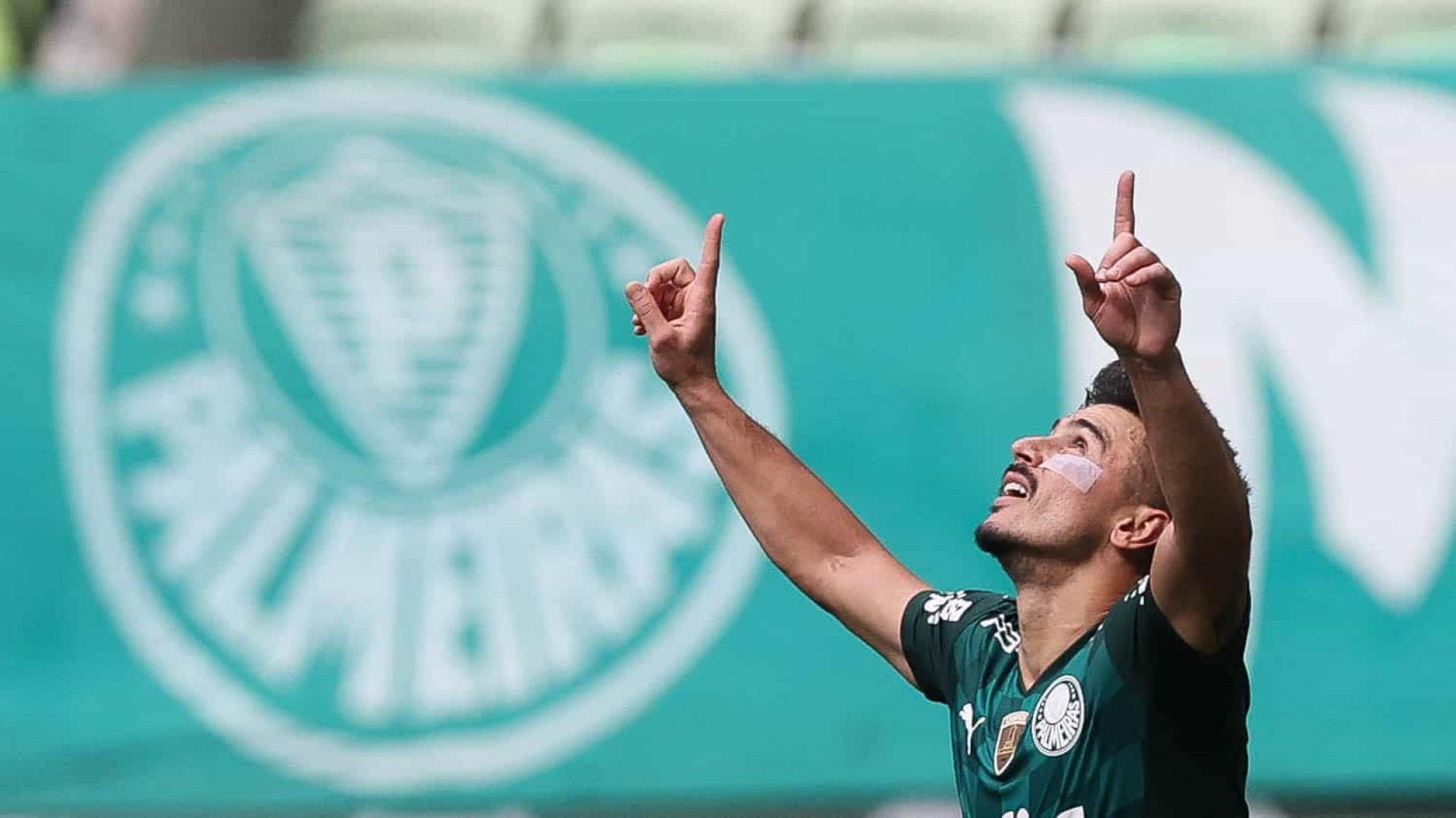 Palmeiras sofre, mas derrota o América-MG com gol de Willian no minuto final