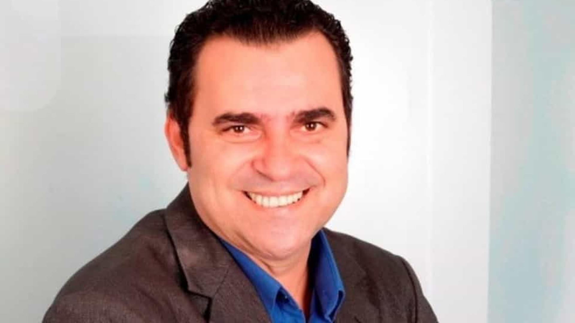 Jornalista e apresentador morre pela Covid aos 53 anos