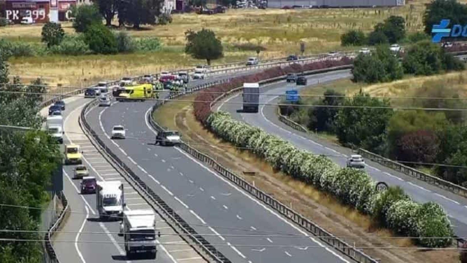Quatro mulheres morrem em colisão entre veículo e caminhão em Córdoba