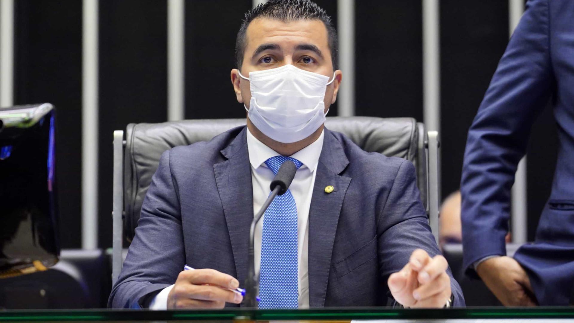 'É bem mais grave', diz deputado sobre relatos de irmão por pressão do governo pela Covaxin