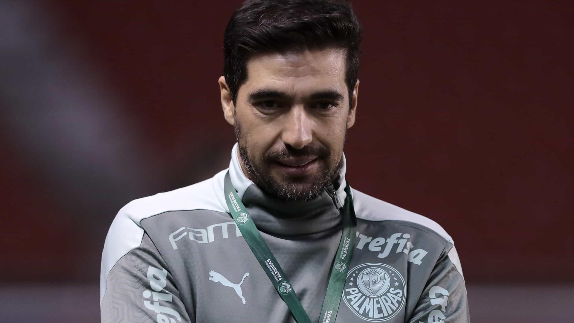 Abel explica vitória do Palmeiras no Chile: 'Perfume do suor que nos fez ganhar'