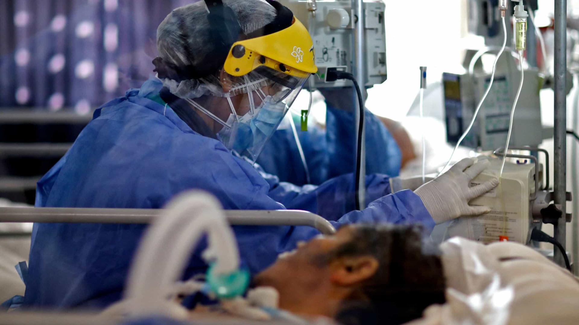 Brasil registra 20,5 milhões de casos de covid e 574,5 mil mortes