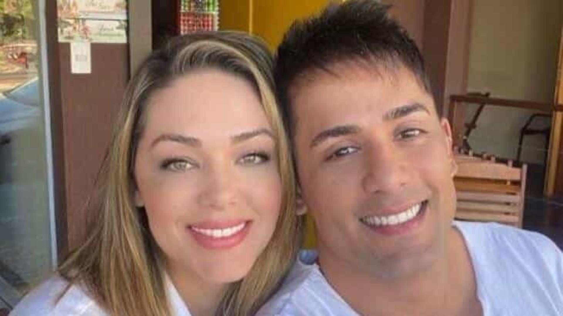'Estamos felizes', afirma Tania Mara ao confirmar namoro com Tiago Piquilo