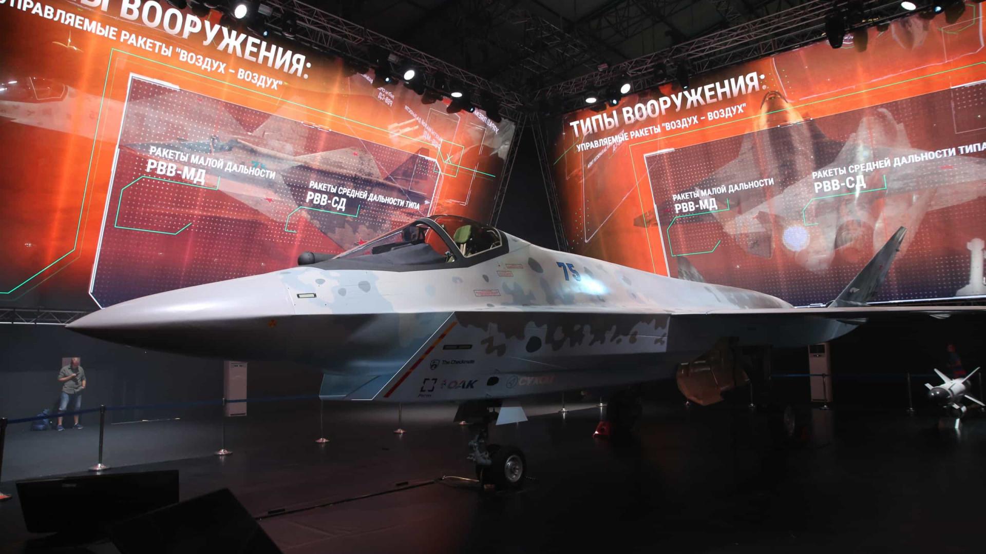Rússia lança novo caça de 5ª geração de olho em mercados emergentes