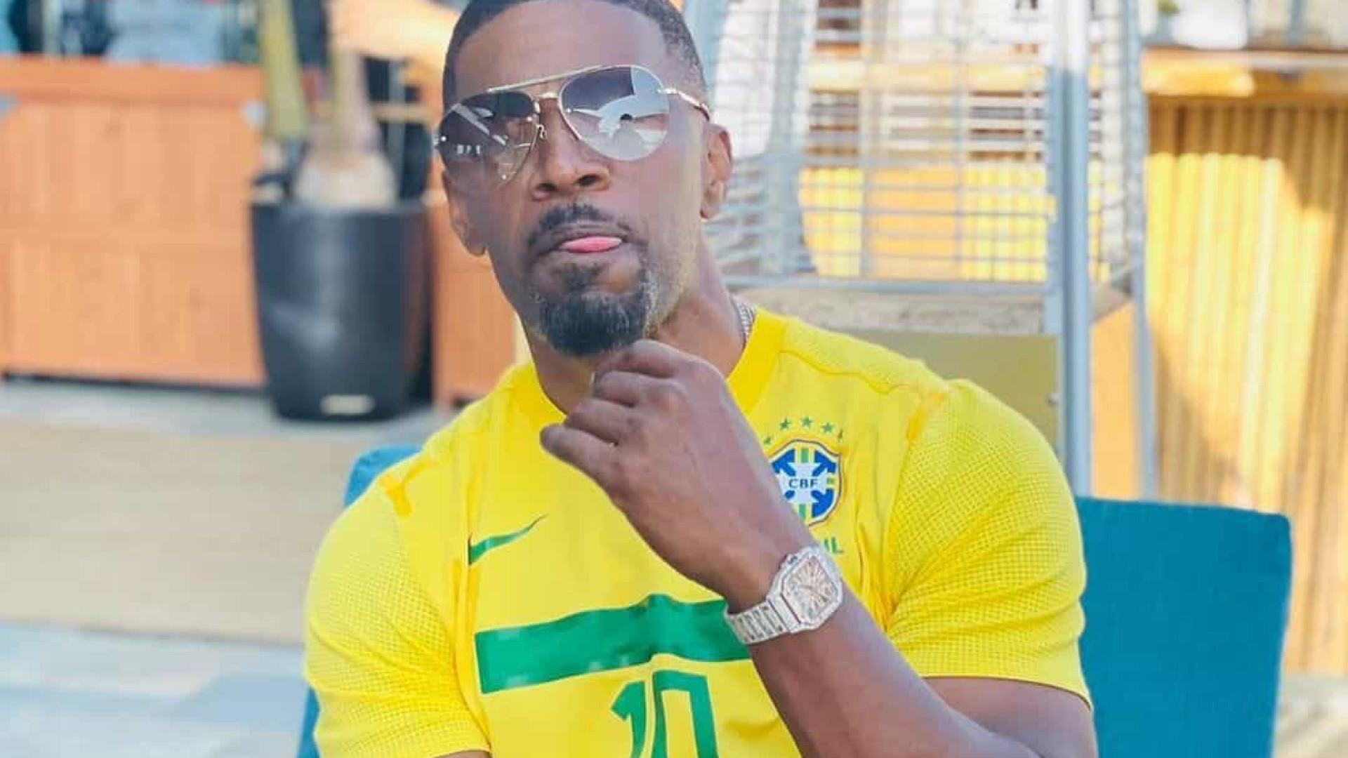 Jamie Foxx deixa fãs em alvoroço ao posar com camisa do Brasil