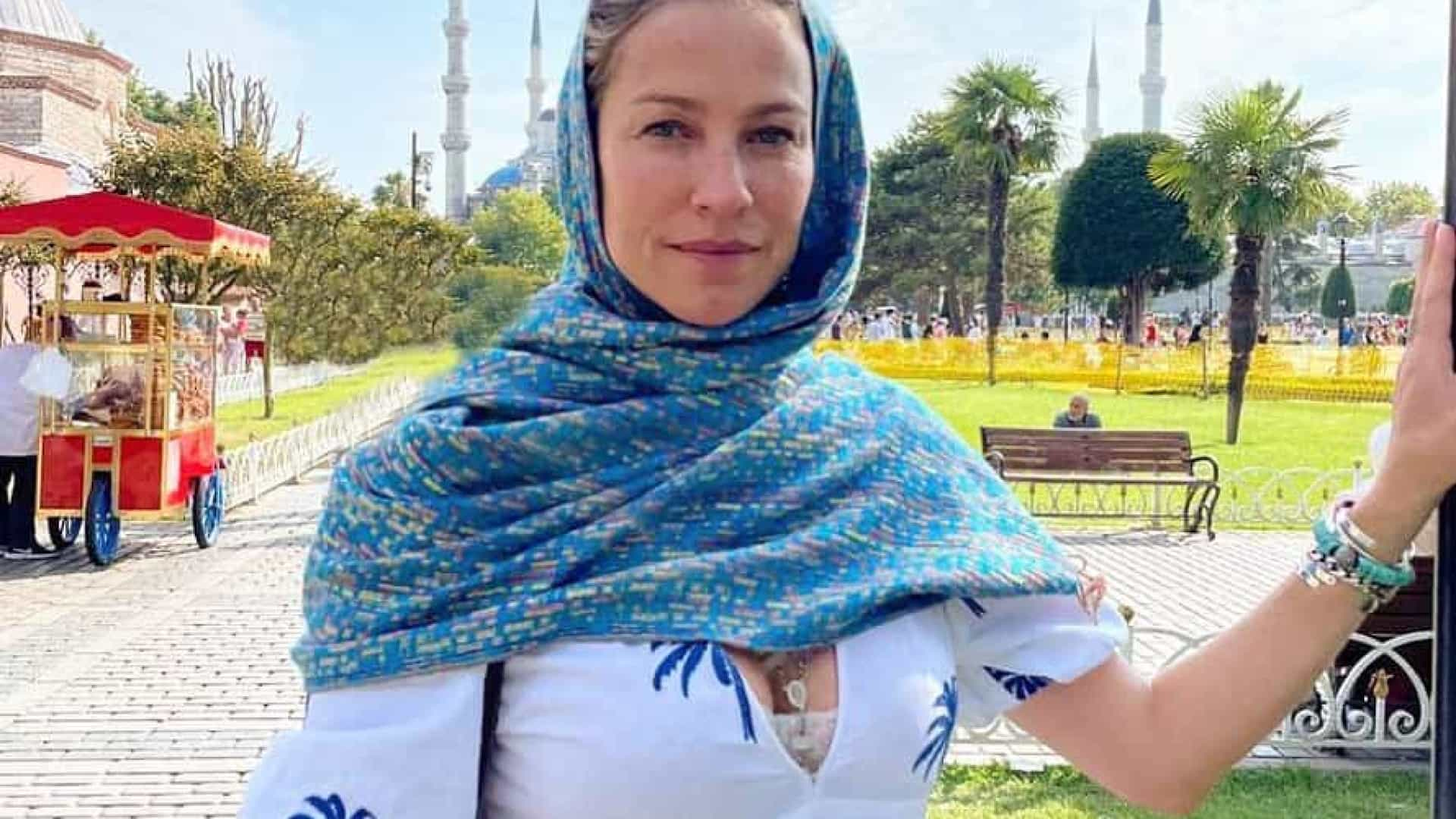 Luana Piovani de férias na Turquia com o namorado