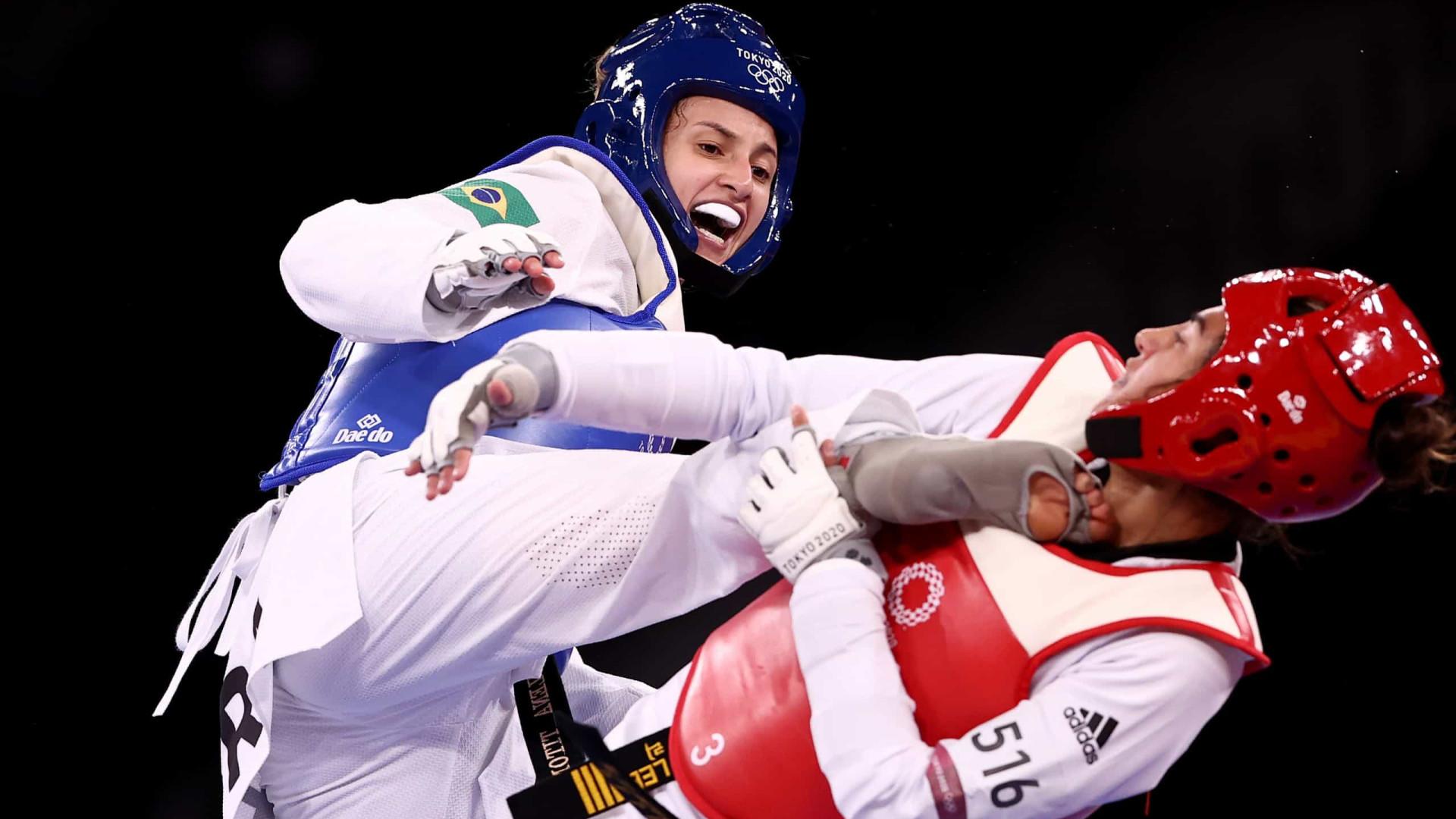 Titoneli vence haitiana e vai disputar a medalha de bronze no tae kwon do