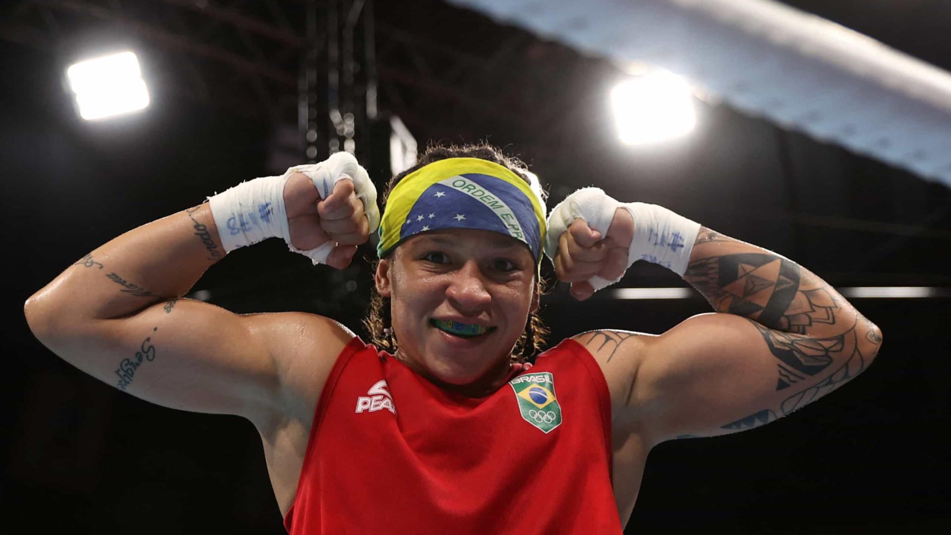 Candidata ao ouro, Beatriz Ferreira estreia com vitória fácil em Tóquio