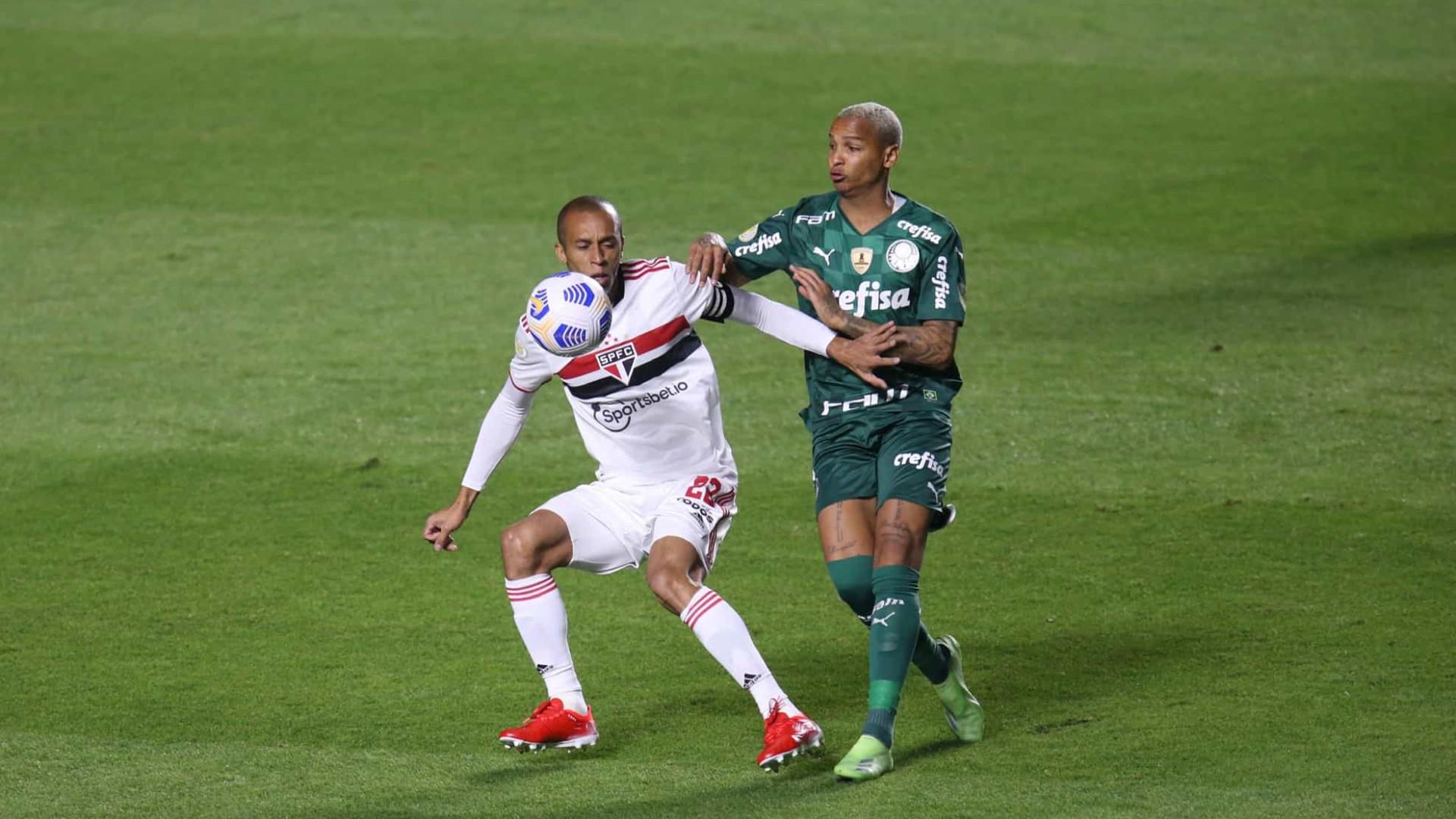 São Paulo tem dois gols anulados e empata clássico com Palmeiras pelo Brasileirão