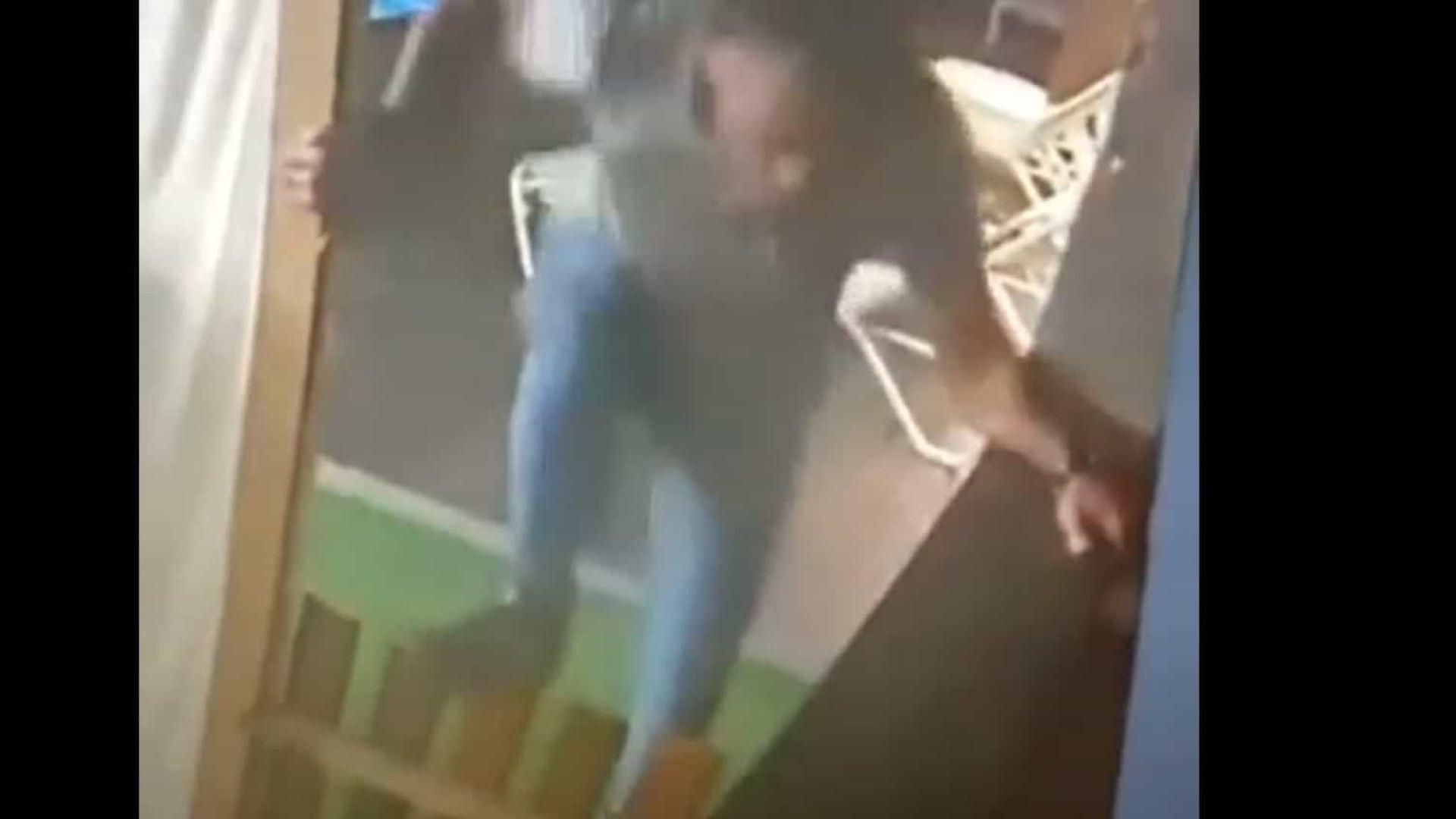 Pai é acusado de matar filho de 2 anos para se vingar da ex em Barcelona