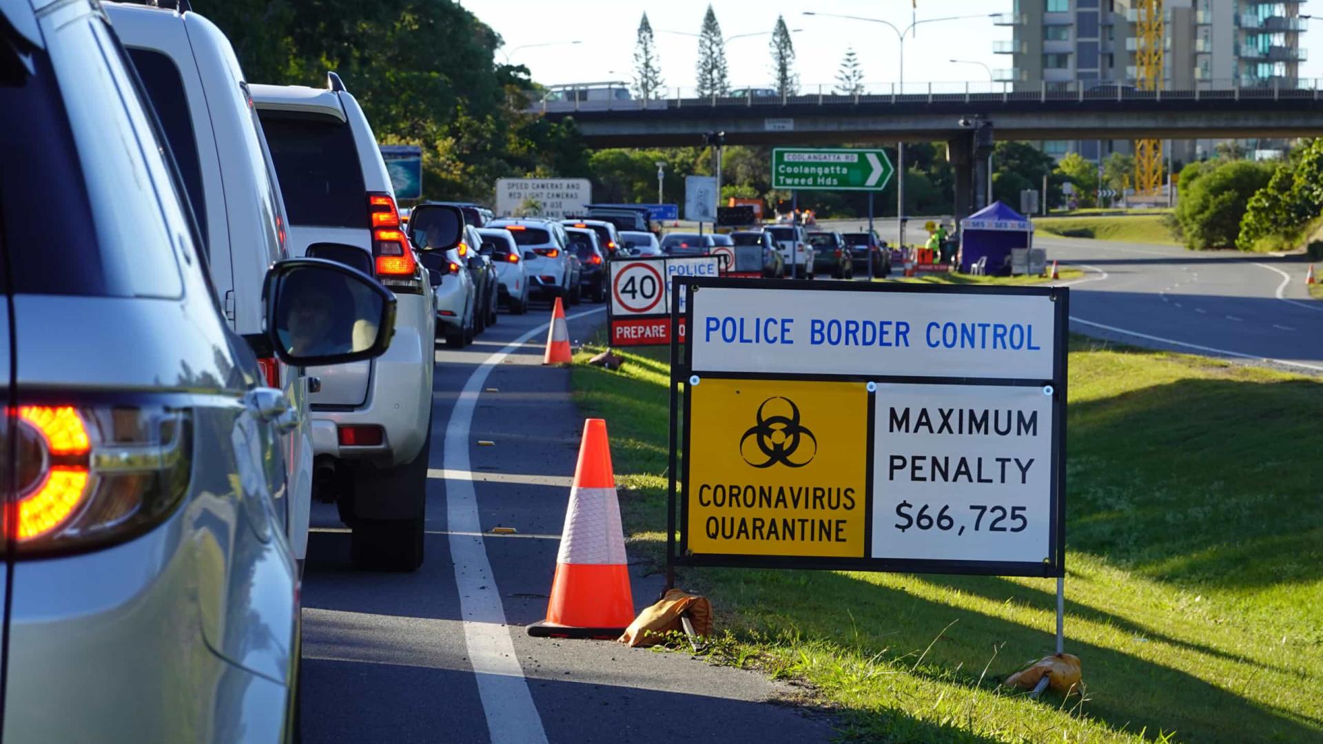 Variante Delta obriga Sydney a montar tendas de emergência