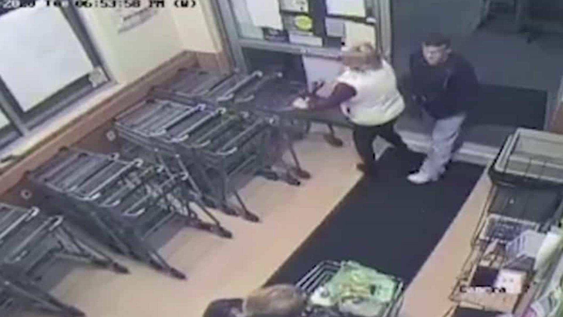 Homem é condenado a prisão por injetar seringa com sêmen em mulher