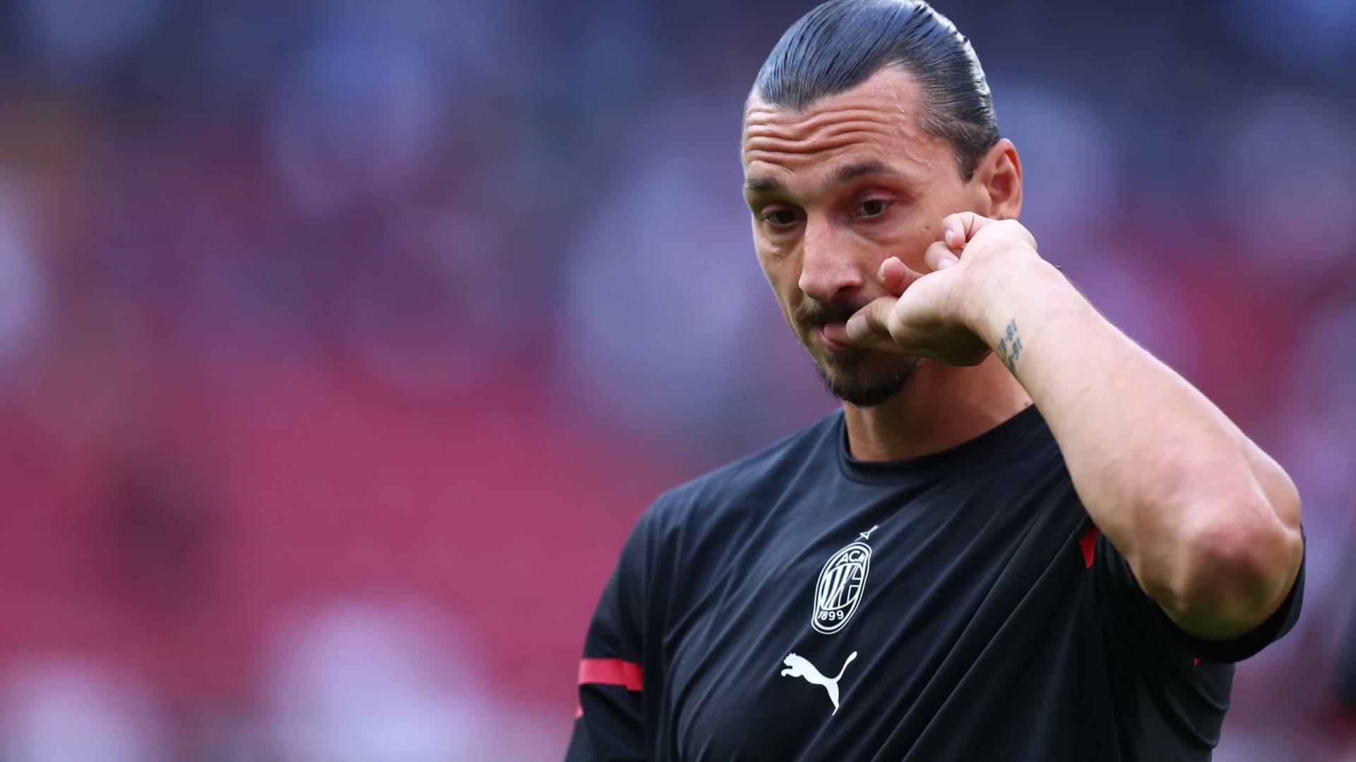 Ibrahimovic sente lesão e desfalca Milan contra Liverpool pela Liga dos Campeões