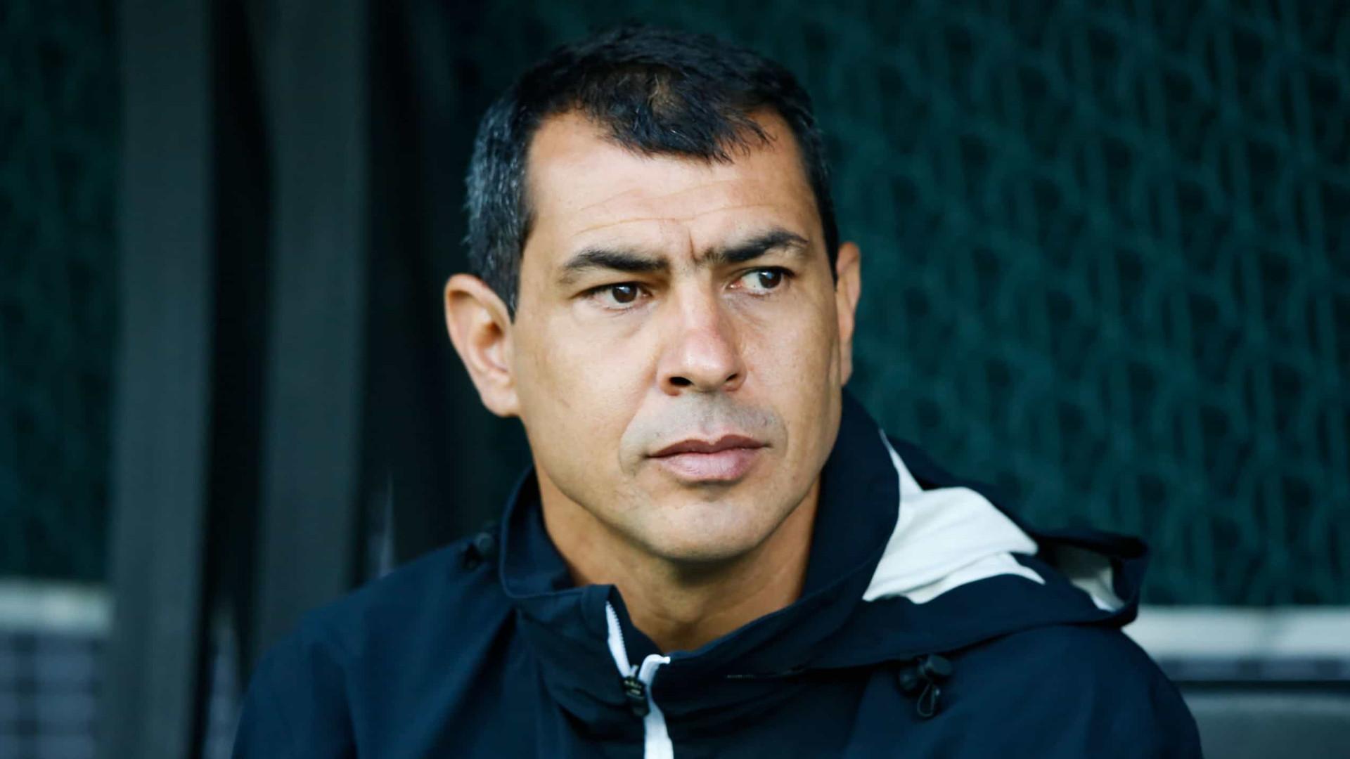 Carille vê evolução do Santos e confia em reação: 'Vamos sair dessa situação'
