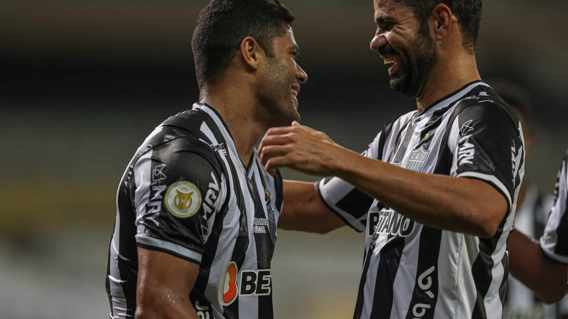 Hulk destaca entrosamento rápido com Diego Costa: 'É como seleção brasileira'