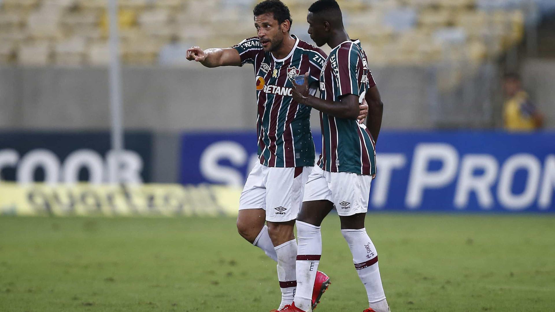 David Braz lamenta 'gol na hora errada' e pede força para reação do Fluminense