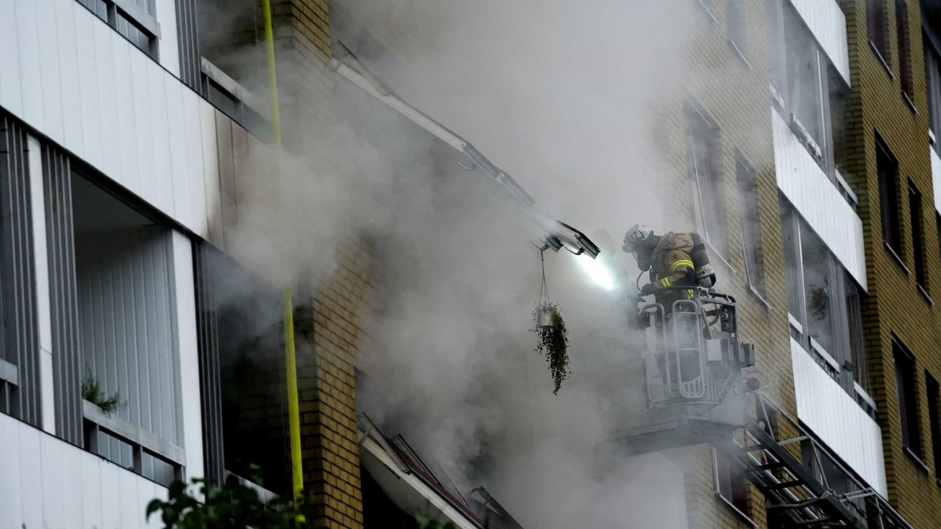 Explosão em edifício na Suécia faz pelo menos 25 feridos