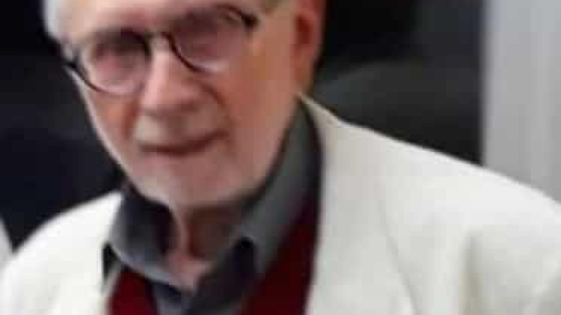 Morre Victor Knoll, professor de filosofia da USP, aos 85 anos