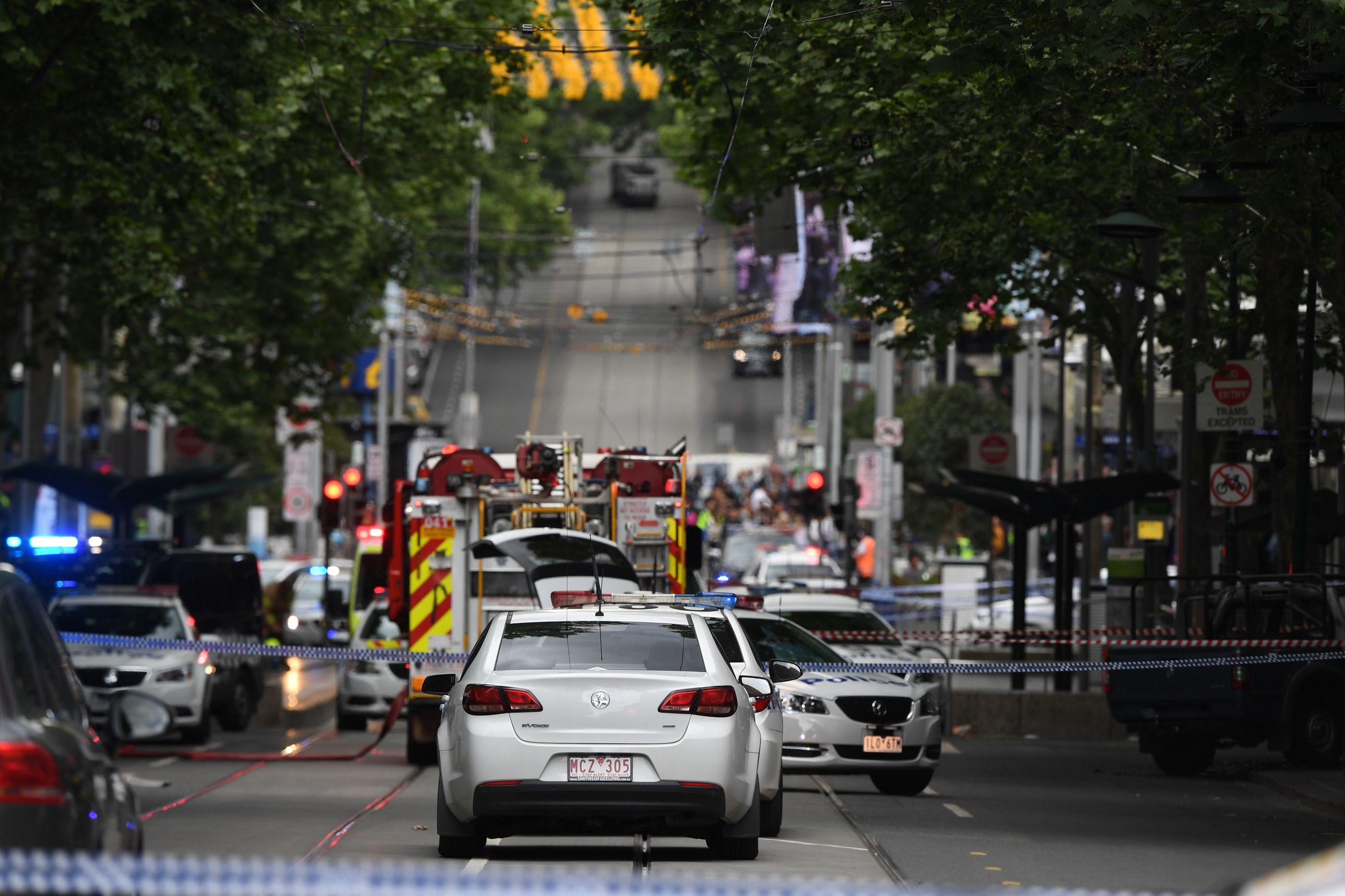 Autor de ataque terrorista na Austrália morre em hospital